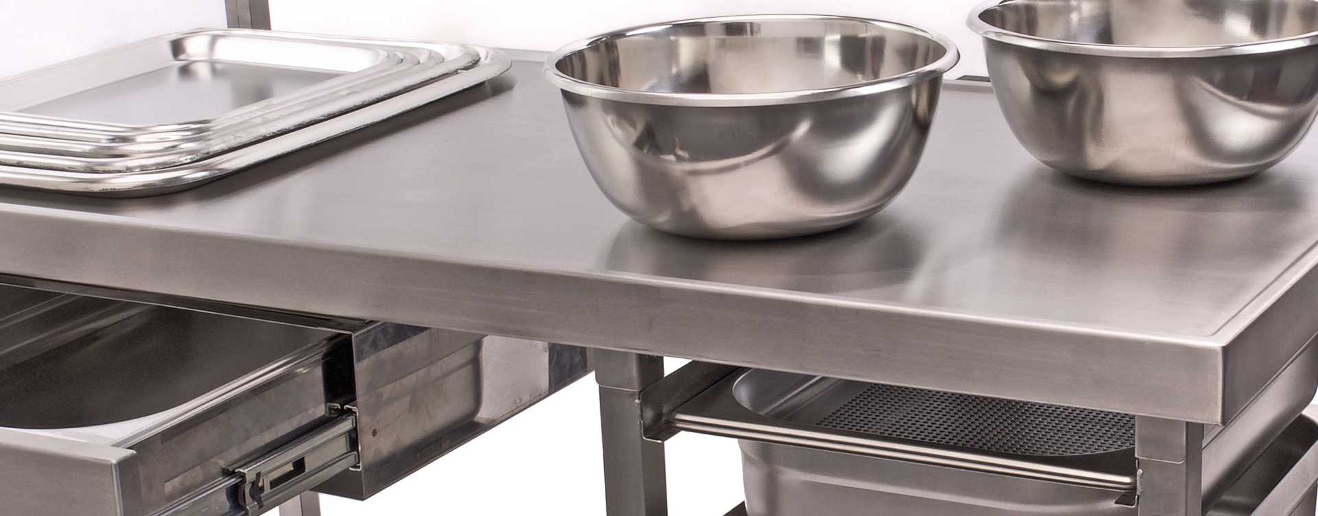 Stainless Steel Bows, Butcher Trays, Stainless Steel Draws and Tables